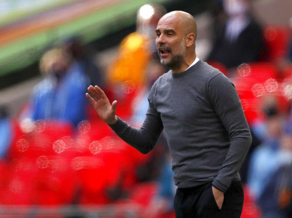Pep Fokus Bawa City Menang, bukan MU Vs Liverpool