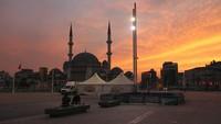 Turki Lockdown: Warga di Rumah Saja, Turis Asing Bebas Jalan-jalan