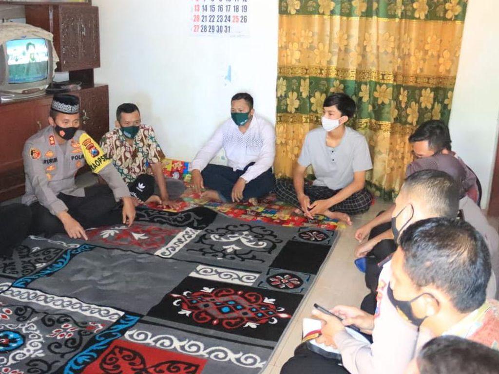 Polisi Tuban Hadiri 7 Hari Korban Kru KRI Nanggala-402 yang Gugur