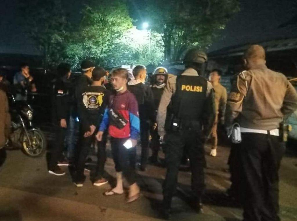 Diduga Karena Piutang, Ormas-Geng Motor di Cianjur Bentrok