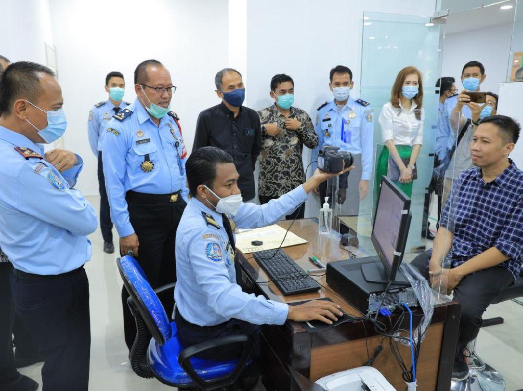 Semakin Mudah, Urus Paspor Kini Bisa di Mal Surabaya Barat
