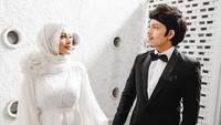 Pamer Test Pack, Aurel Hermansyah Hamil Anak Pertama!