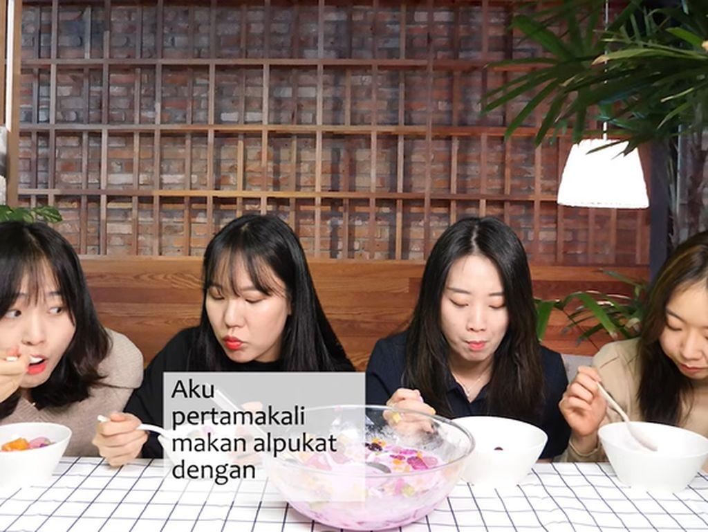 Cicip Es Buah Indonesia, 4 Wanita Korea Ini Takjub dengan Nangka dan Kolang-kaling!