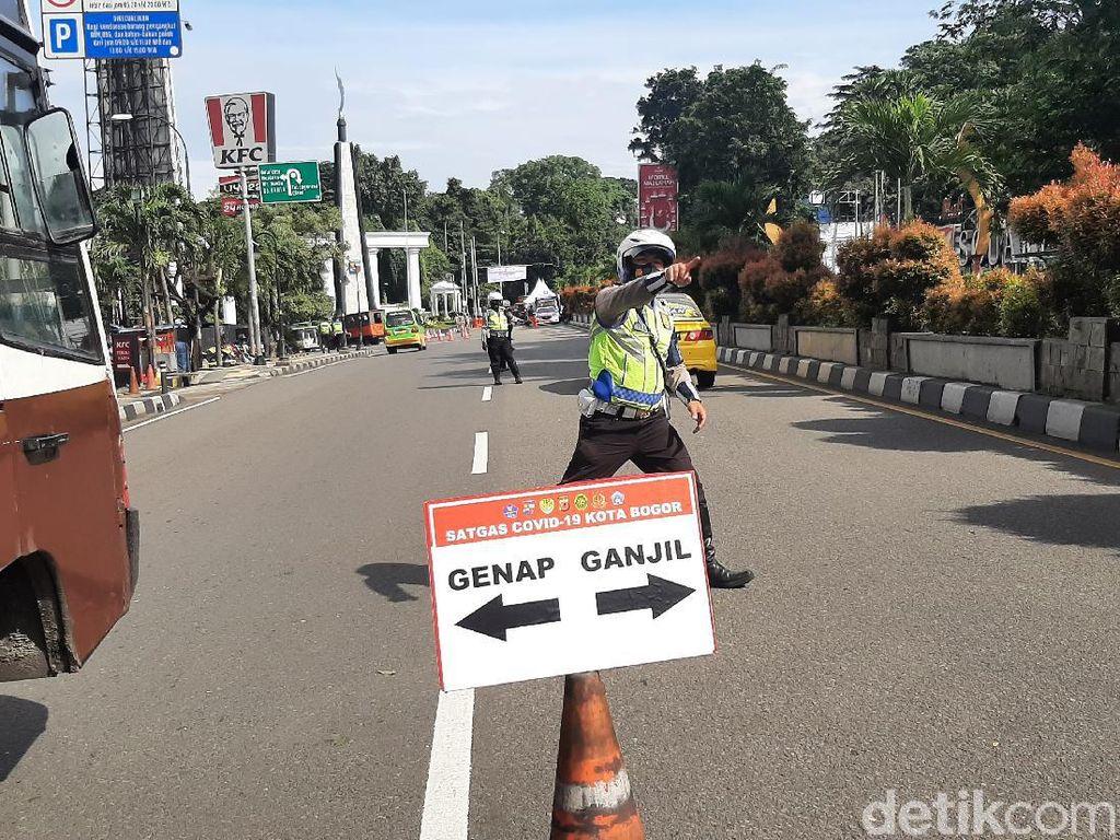 Jelang Pemberlakuan Ganjil Genap Sore Ini, Lalin Kota Bogor Padat