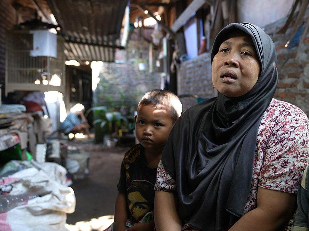 Rumah Reyot Akan Disulap Jadi Bagus, Ibu Asal Solo Ini Menangis Sedu