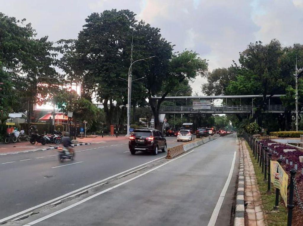 Demo Buruh Bubar, Lalin di Jl Medan Merdeka Barat Kembali Normal
