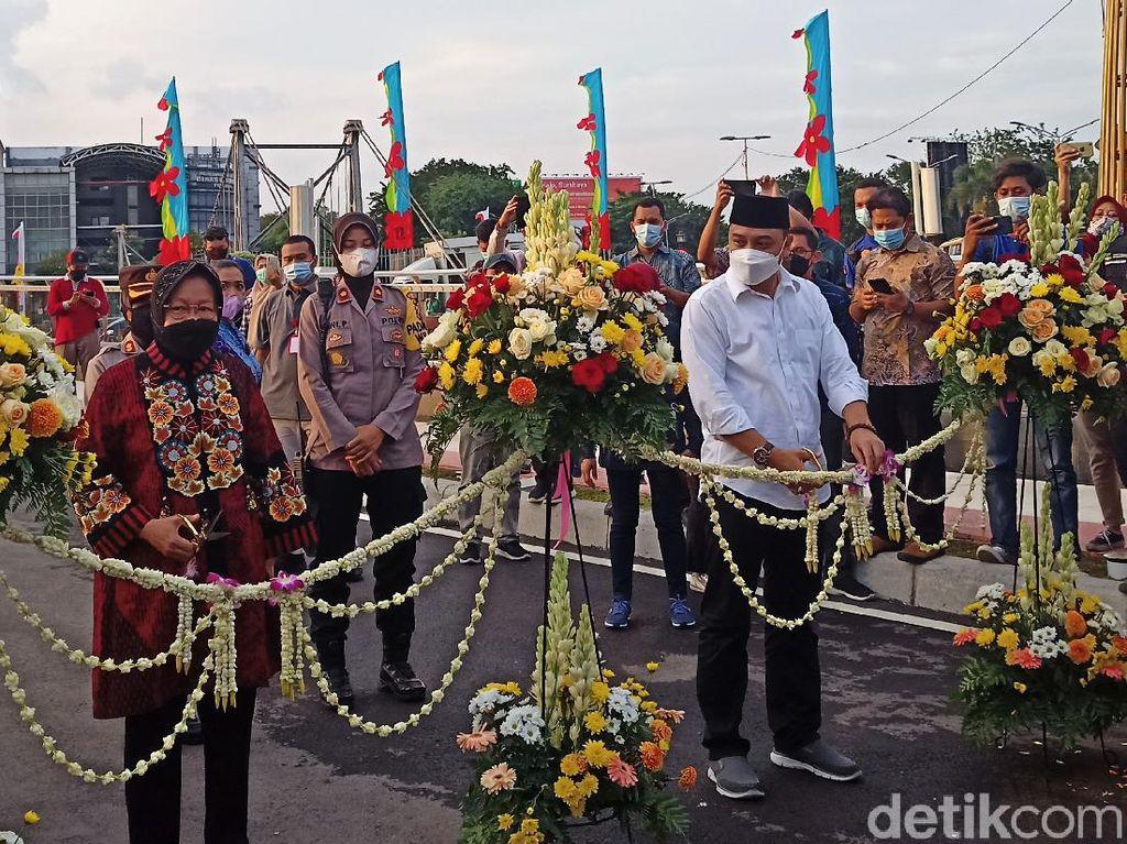 Momen Risma Resmikan Jembatan dan Terminal Joyoboyo