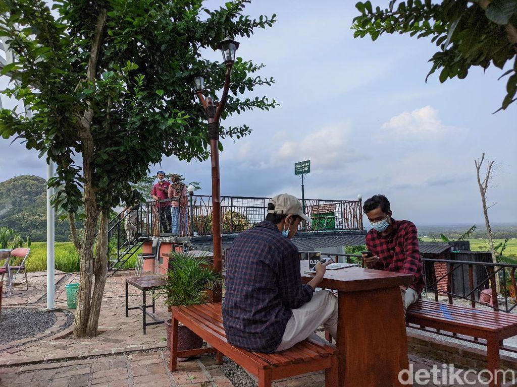 Potret Destinasi Wisata Kuliner Hits di Jogja, Selalu Ramai Turis!