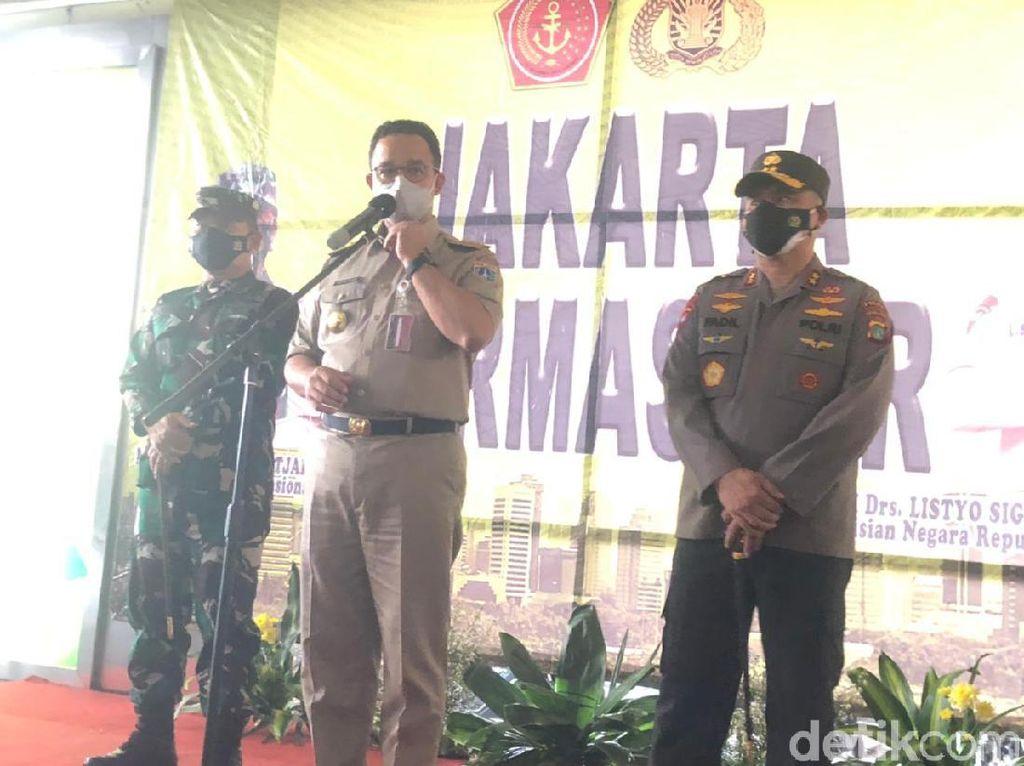 Buntut Kerumunan, Marinir-Paskhas Jaga Pasar Tanah Abang dan Sekitar!