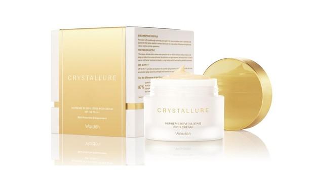Wardah Crystallure Supreme Activating Overnight Cream membantu mencerahkan wajah malam hari/shopee.co.id