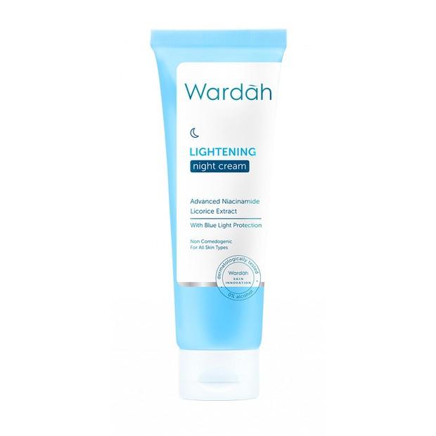 Wardah Lightening Night Cream mencerahkan wajah malam hari/shoope.co.id
