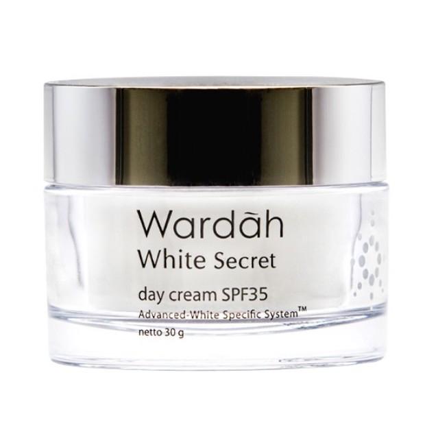 Wardah White Secret Day Cream mengandung crystal white active mencerahkan/tokopedia.com