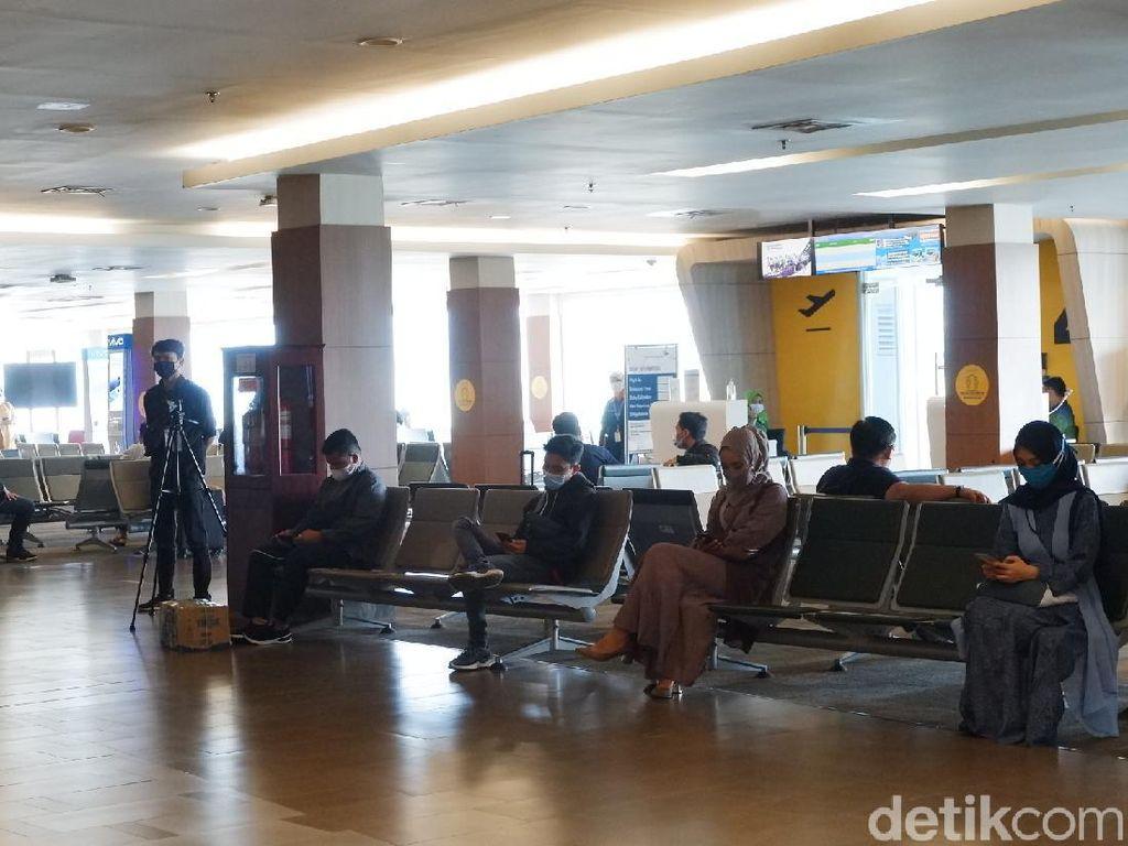 H-3 Larangan Mudik, Bandara Husein Sastranegara Bandung Sepi
