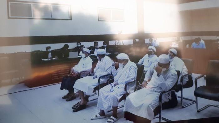 Habib Rizieq dkk Sidang di PN Jaktim