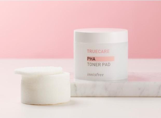 Innisfree Truecare PHA Toner Pad membantu mengangkat sel kulit mati /shopee.co.id