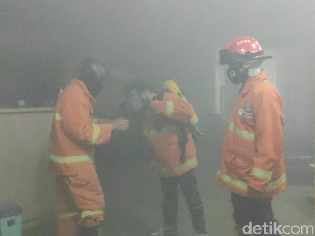 Kebakaran Terjadi di Bank Mandiri Jember Akibat Korsleting Listrik