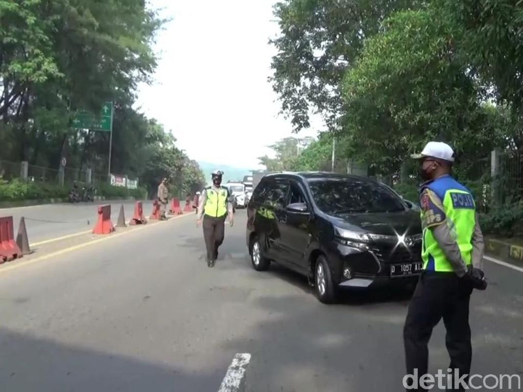 Polisi Proritaskan Penyekatan Pemudik di 3 Gerbang Tol Purwakarta