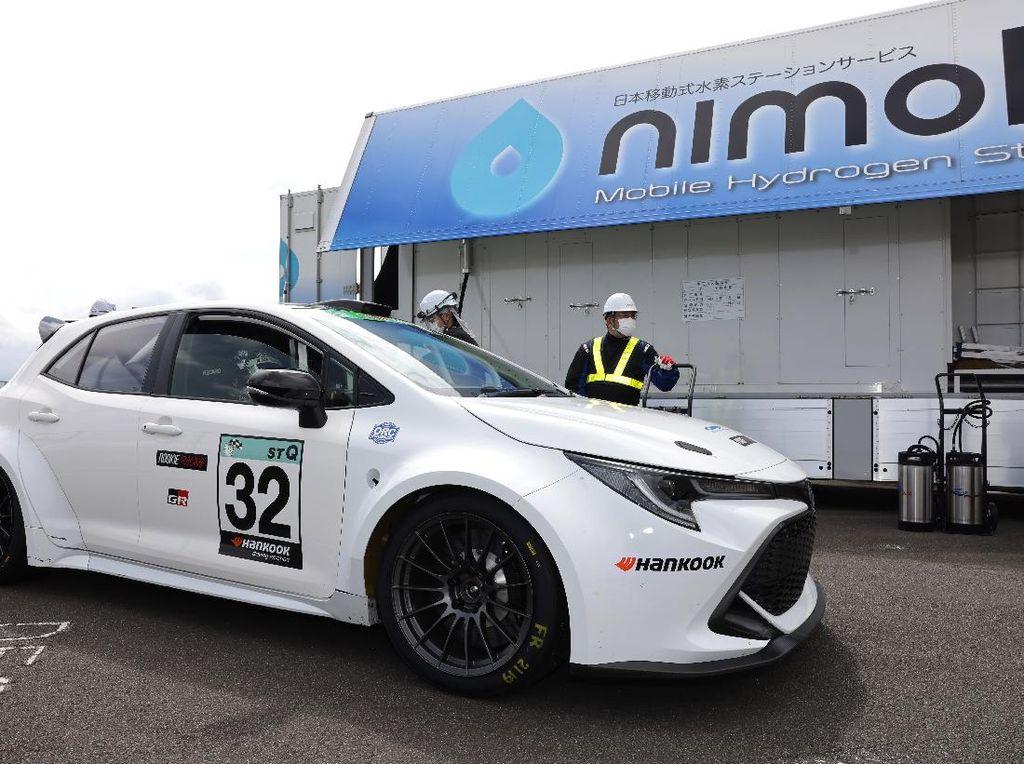 Serasa Mobil BBM, Mesin Toyota Corolla Minum Bahan Bakar Hidrogen