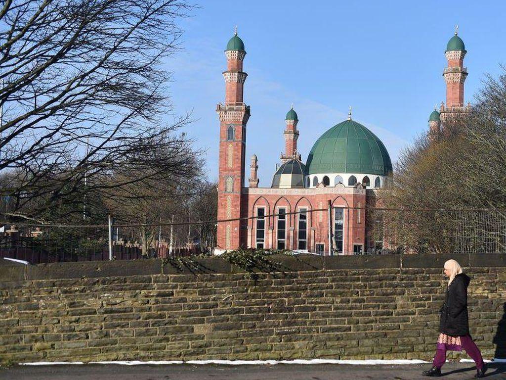 Beberapa Masjid di Inggris Tutup Bagi Perempuan Selama Ramadhan, Mengapa?