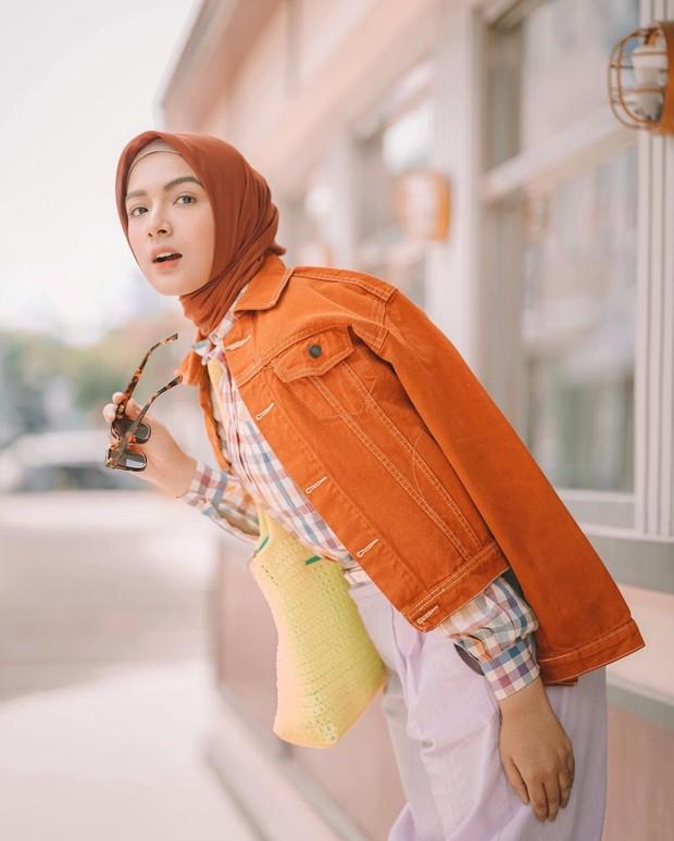 Ide outfit selebgram yang cocok dipakai saat lebaran.