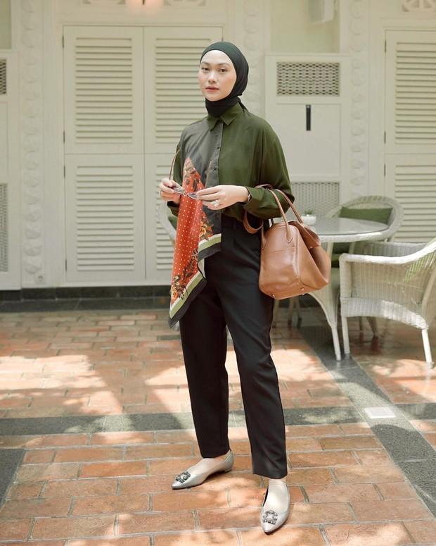 Ide outfit hijab ala selebgram untuk dipakai saat lebaran.