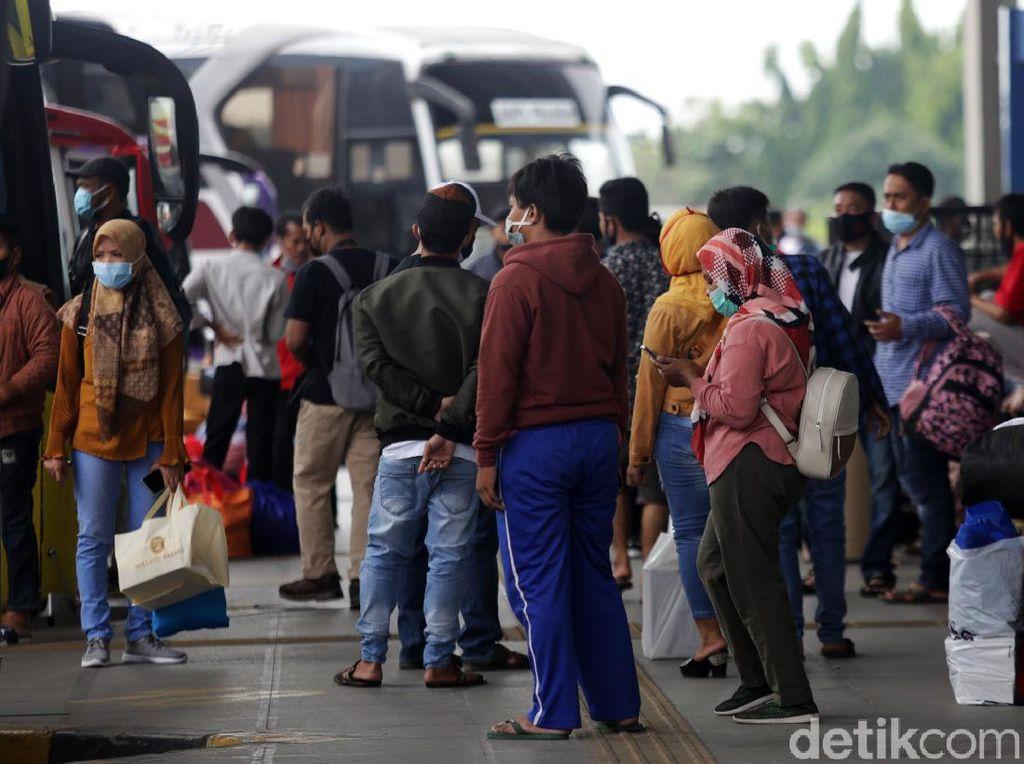2,2 Juta Orang Masuk Jakarta Selama Periode Larangan Mudik