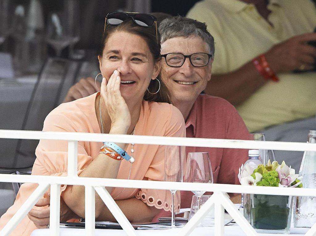 Bill Gates Mulai Bagi-bagi Saham ke Melinda Gates