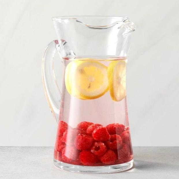 Lemon dan Raspberry mampu mengatasi asupan makanan manis yang dikonsumsi secara berlebihan.