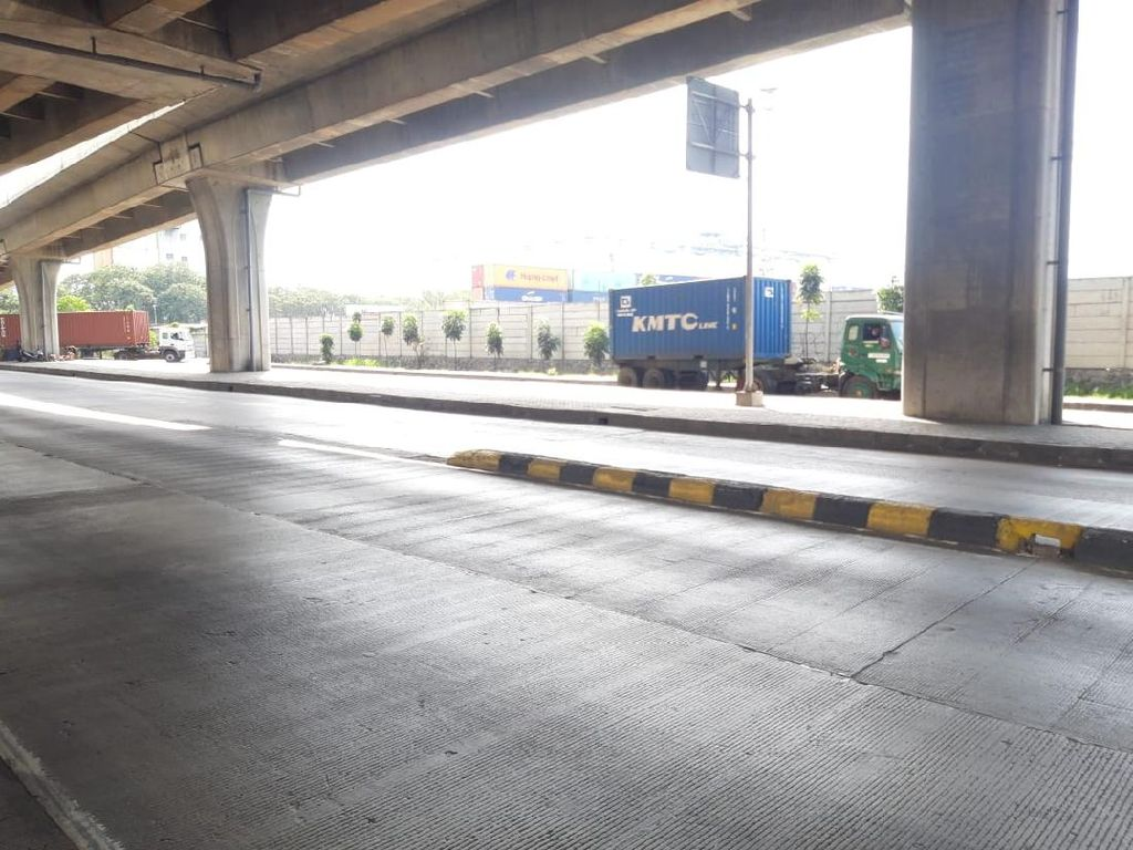 Warga Bercerita, Masih Ada Kecelakaan di Jl Cilincing karena Pembatas