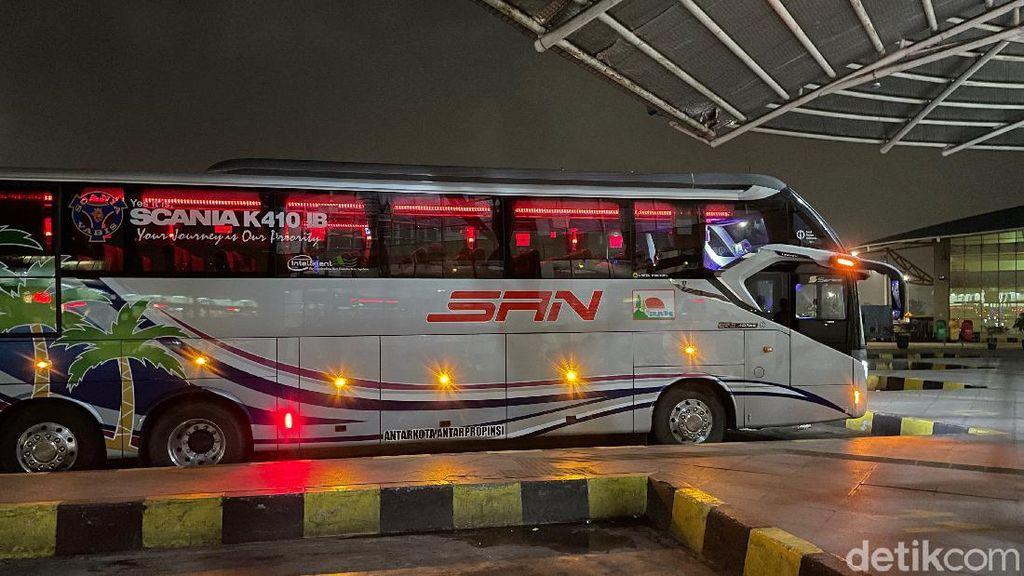 Potret Perjalanan Menggunakan Bus PO SAN, Berangkat dari Jakarta