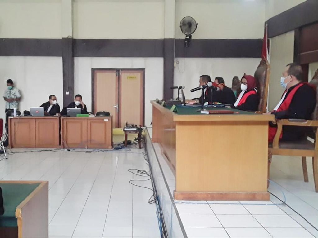 Wabup OKU Nonaktif Divonis 8 Tahun Penjara di Kasus Korupsi Tanah Kuburan