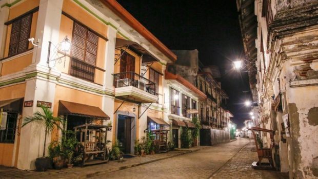 Casa Gamboa, Filipina