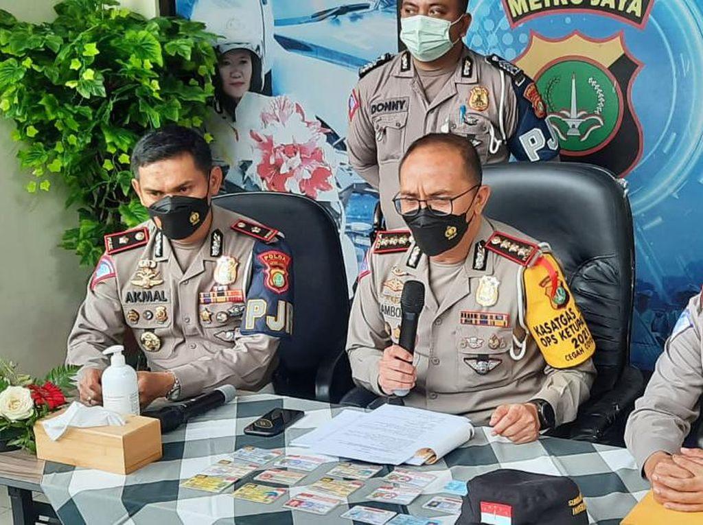 Polisi Dalami Pengakuan Pemobil Pajero soal Kekaisaran Sunda Nusantara