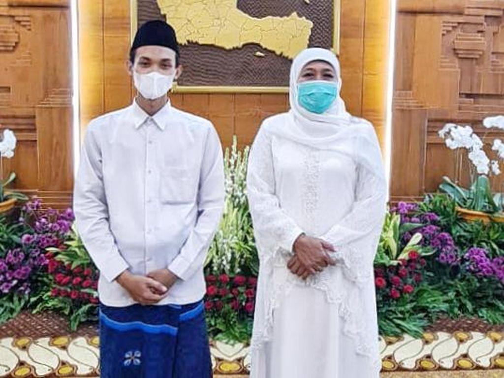 Pesan Khofifah untuk Hafiz Asal Jatim yang Terpilih Jadi Imam Masjid Besar UEA