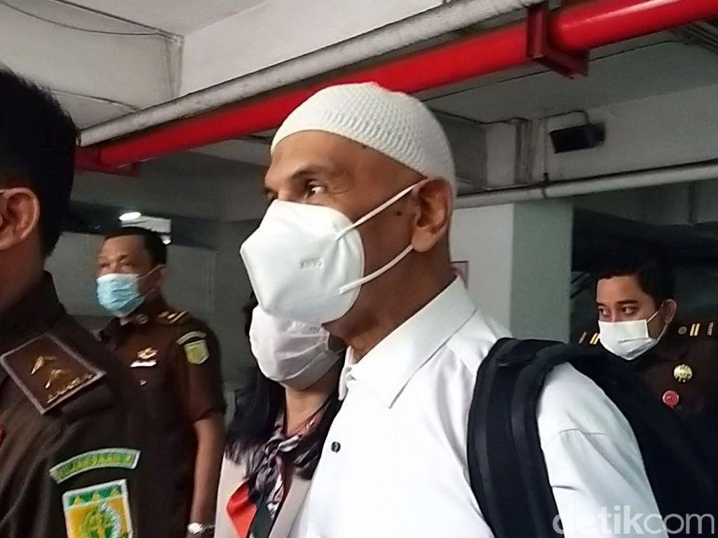Ucap Syukur Mark Sungkar Keluar dari Penjara dan Jadi Tahanan Kota