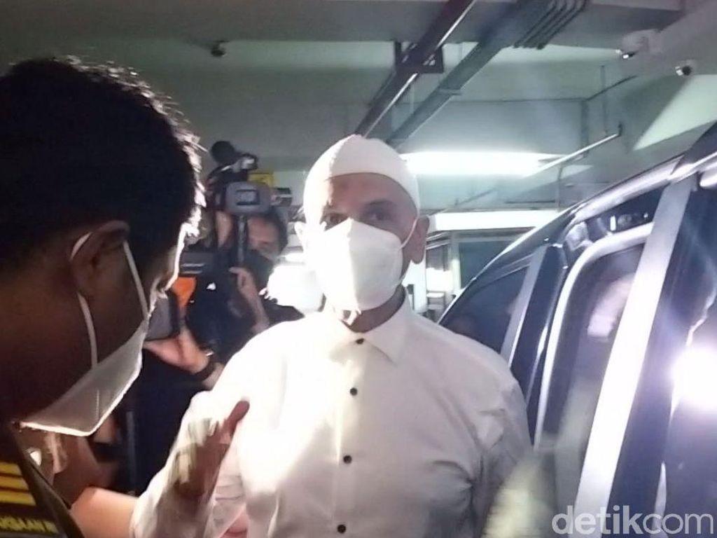 Zaskia dan Shireen Jadi Penjamin Status Tahanan Kota Mark Sungkar