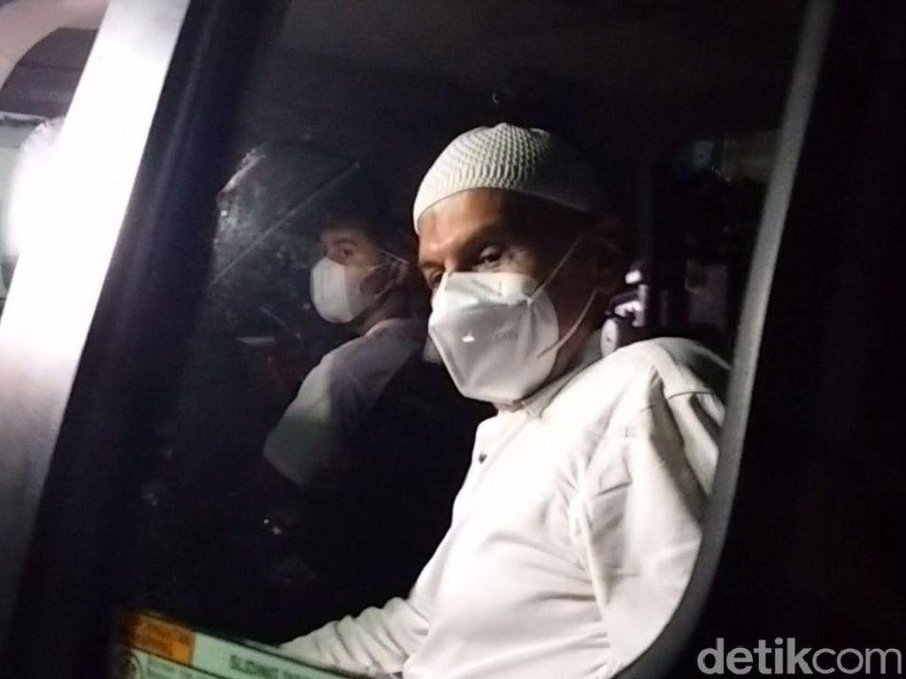 Mark Sungkar Larang Zaskia dan Shireen Ikut Jemput di Rutan