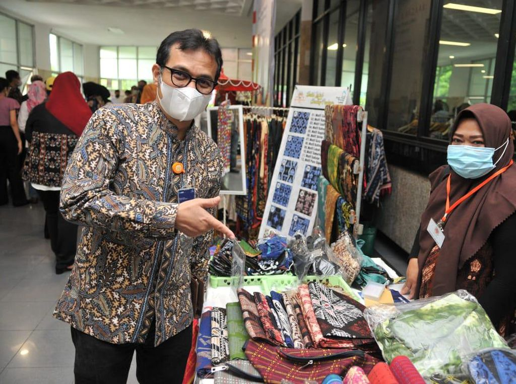 Pos Indonesia-Koperwindo Gelar Gebyar Ramadhan Produk Lokal UMKM
