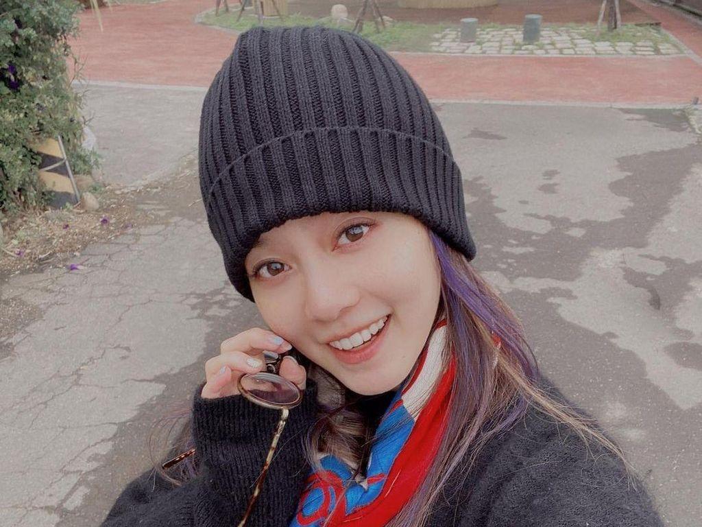 8 Foto Istri Cantik Bintang Meteor Garden Vic Zhou yang Jarang Terekspos