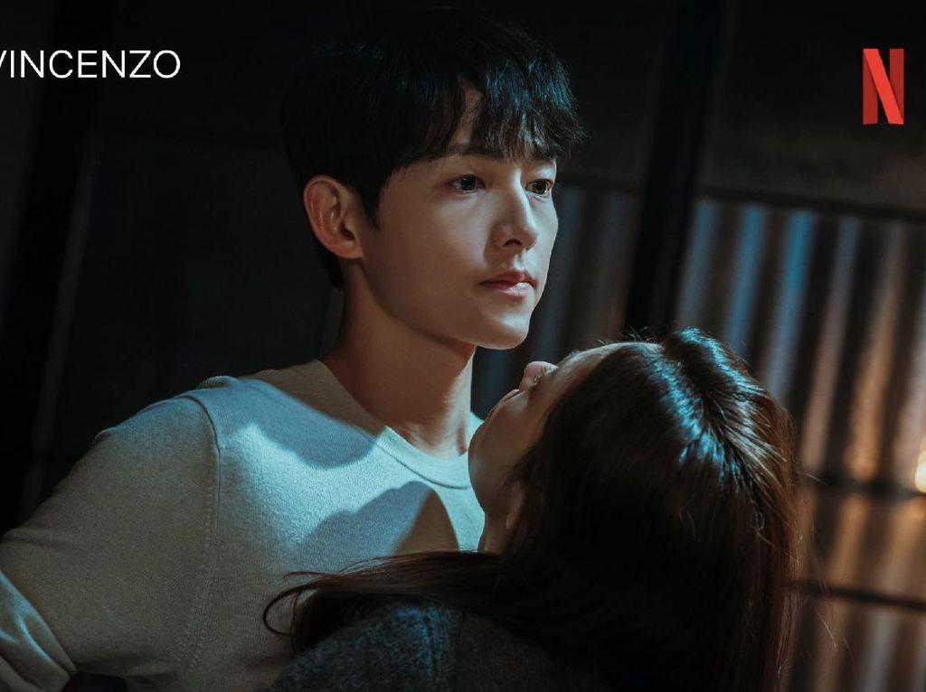 So Sweet, Ini Kisah di Balik Ciuman Song Joong Ki & Jeon Yeo Bin di Vincenzo