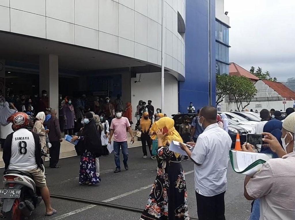 Kepanikan di RSUP M Djamil Padang Saat Gempa M 5,8