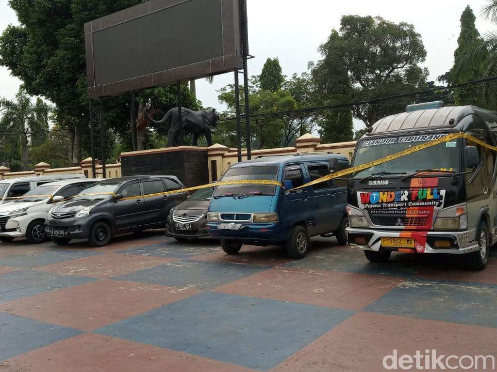 Jelang Larangan Mudik, 8 Travel Gelap Diamankan di Puncak Bogor