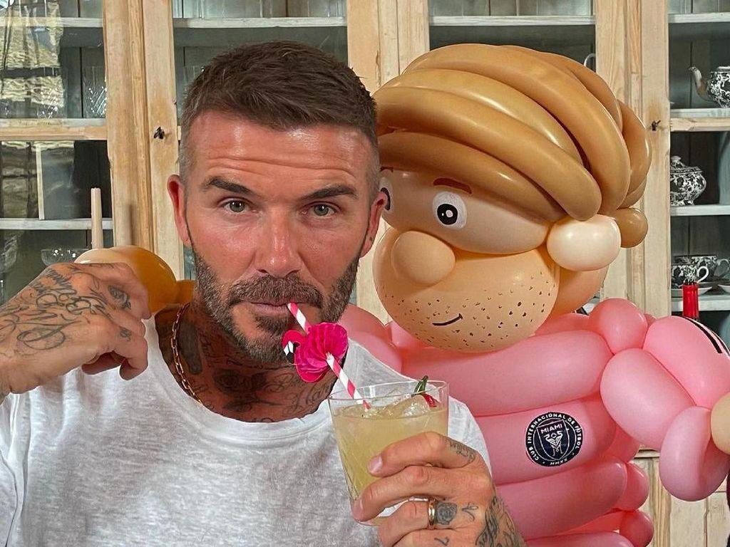 Ultah ke-46 David Beckham Penuh Makanan Enak, Ini Buktinya