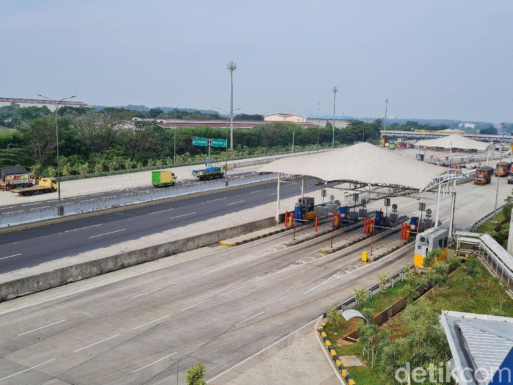 2.950 Kendaraan dari Tol Japek Keluar Via GT Cikampek Utama