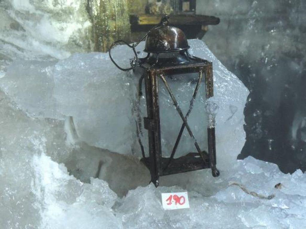 Gletser Mencair Ungkap Gua Harta Karun Tentara Perang Dunia I