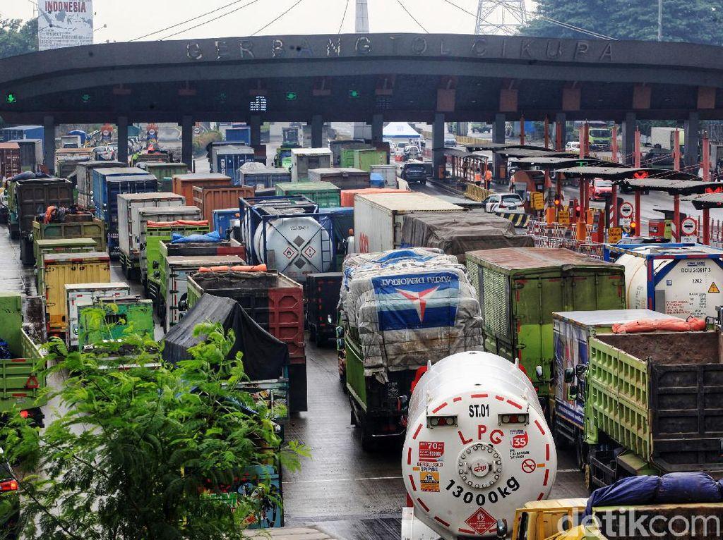 Tekor! Kerugian karena Macet di Gerbang Tol Tembus Rp 4,4 Triliun Per Tahun