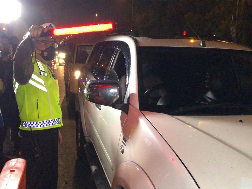 Malam Ini, Polisi Filter Kendaraan Antisipasi Takbir Keliling di DKI