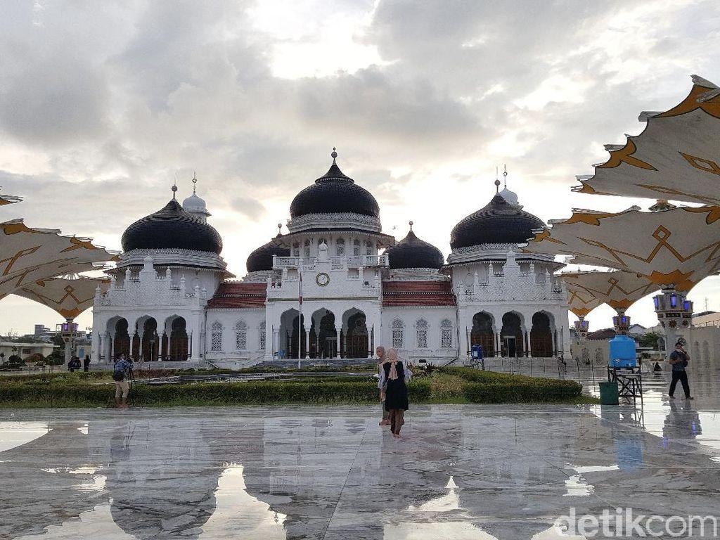 Setahun Sudah Aceh Tanpa Turis