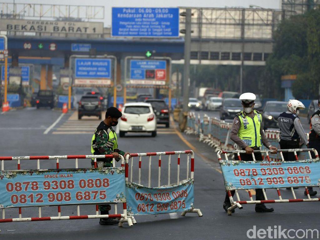Polri Halau 23 Ribu Kendaraan Pemudik, 75 Travel Gelap Ditindak