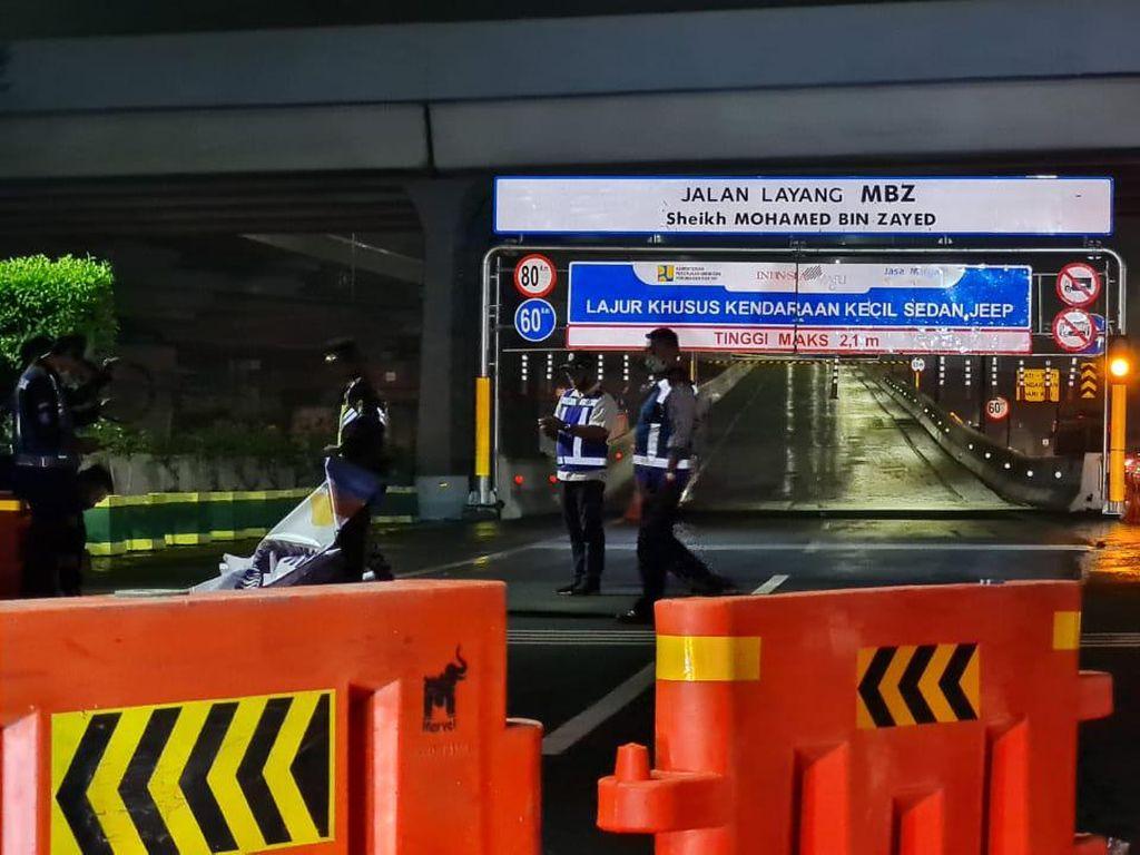 Momen Jalan Layang MBZ Ditutup Saat Larangan Mudik Berlaku